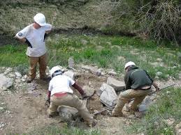 NV Conservation - people working in mountains